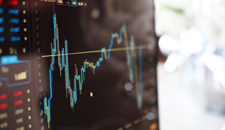 Coinbase Closes Day 1 of Trading as the World's Most Valuable Exchange Altcoin News